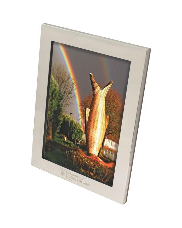 Elegance photograph frame
