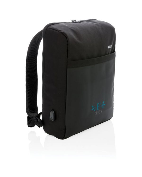 Swiss Peak 15 Inch Anti-Theft RFID And USB Backpack PVC Free