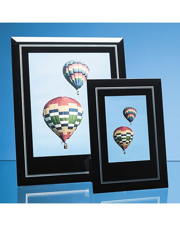 """Black Surround with Silver Inlay Glass Frame for 8"""" x 10"""" Portrait Photo"""