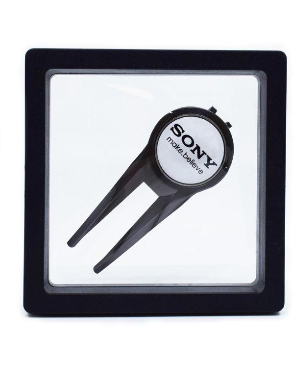 Capmate ( Golf Divot Repair Tool And Cap Clip In 1) Presented In Levit8 Packaging