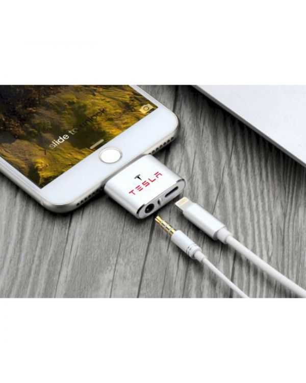 3.5mm Audio and Charging Adaptor for iPhone